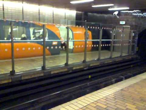 Glasgow subway outer & inner circle trains departing Buchanan Street Station