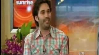 Guy Dumps His Girlfriend On Live Tv