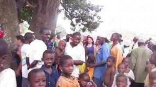 O momento da despedida de Dulombi (Guiné-Bissau)
