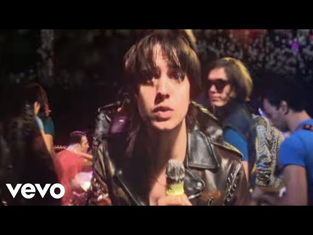"Video oficial de ""Taken for a fool"" de The Strokes"