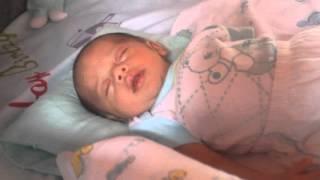 Como fazer seu bebê dormir ? SOM DO ÚTERO MATERNO. Erick