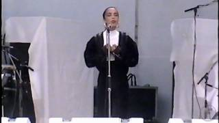 Sade - Why can´t We live Together ? - Live Aid Concert ( Wembley, 1985 )