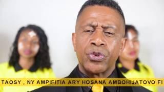 Mifohaza - Tanora Masina Itaosy (feat Ampifitia et Hosana Ambohijatovo Fitiavana) width=