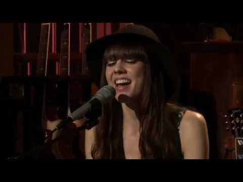 diane-birch-fools-live-from-daryls-house-24-05-dudeofgrace