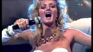 Bonnie Tyler - Holding out for a hero (Live 1984)