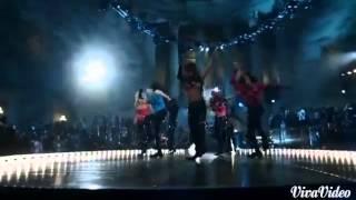 Miley Cyrus- SMS Bangerz (feat Britney Spears)