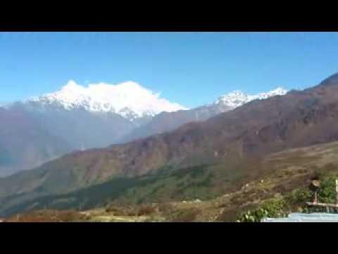 Trekking in Gosai Kunda NEPAL Selling beauty2 (www.nabadwip.com)