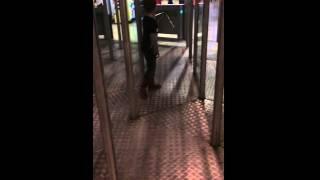 Mirror maze crash fail