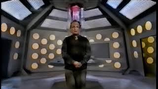 Doctor Who - Sylvester McCoy on the Season 27 TARDIS Interior