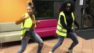 Kopp Johnson Gilet jaune dance #giletjaune