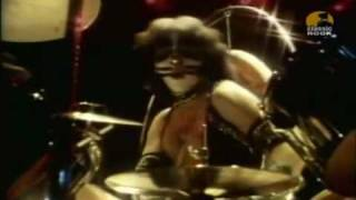 Kiss ♥ - I Was Made For Loving You - Full - HQ