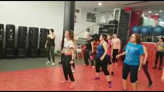 """Baila reggaeton ""- popurri, zumba fitness con Marina (live class)"