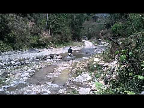 bit of a splash nepal river