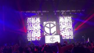 Ocho Cinco / Yellow Claw / erectrox Japan