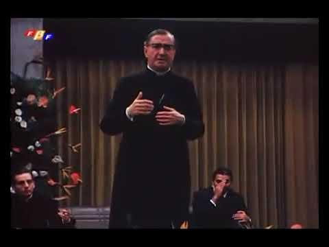 São Josemaria Escrivá: Você não pode escolher sua religião, quem escolhe é Deus