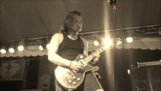 Arany Máté- Hazug ribanc(Hellcome) Guitar solo live at Roockstock 2015.