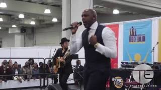 """Joe Performs a Cover of Adele's """"Hello"""" In NYC"""