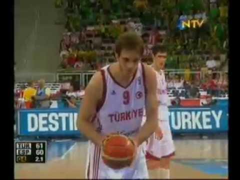 "12 Dev Adam ""Türkiye-İspanya"""
