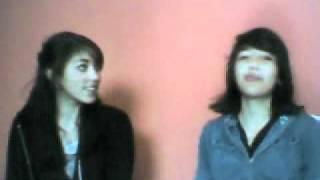 Meninas fazem entrevista entre si webcam video 17 de junho de 2011 09h49min (PDT)