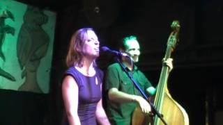 I'm gonna Dress in Black, Eilen Jewell, live at Skippers Smokehouse, Van Morrison cover
