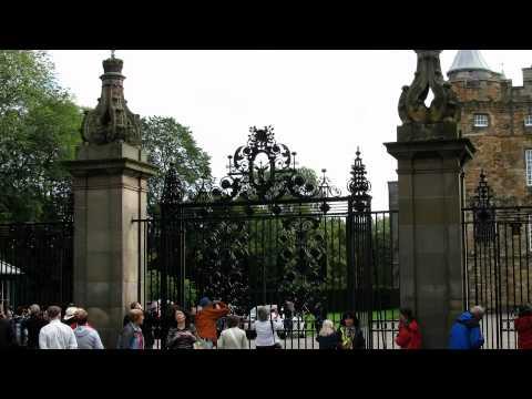 Tour Scozia Classica-Edimburgo-Calton Hill e Hlyroodhouse 23/28.wmv