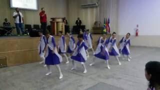 Coreografia Senhor de tudo - Comunidade Internacional da Zona Sul