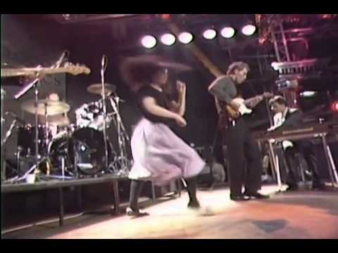 10000-maniacs-my-mother-the-war-nataliemerchantvideo