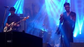 Skye Edwards - Call Me (live @ Lenovo Vibe Fest 2015)