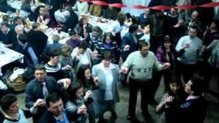 Lovnic/Braşov Bal Însuraţi - Sirba.MPG
