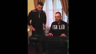 Kökény Attila & Csík Laci- Neki is jár