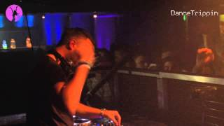 Dimitri Vegas & Like Mike vs Tujamo & Felguk - Nova [played by Sander van Doorn]