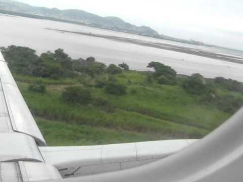 Esmeraldas Takeoff Embraer 170