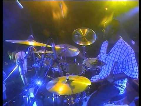 miriam-makeba-malaika-live-at-the-cape-town-international-jazz-festival-2006-official-video-miriam-makeba-official-channel