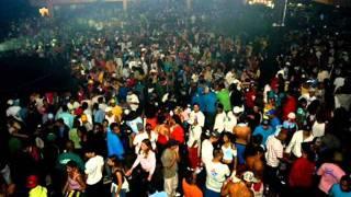 FUNK PUTARIA NO MANDELA FUNK 2012 AO VIVO MC NEGO BAM.