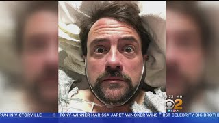Filmmaker Kevin Smith Suffers Heart Attack After Glendale Show