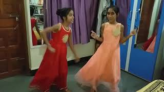 Ek hajaro mein meri bahna hai amazing dance unnati and diksha