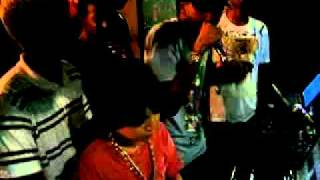 DJ MASCOTE COM MC BOB  AO VIVO NO BAR DA LOIRA