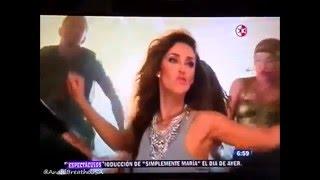 Anahi y Julion Alvarez Graban Cancion Para El Papa (1N)