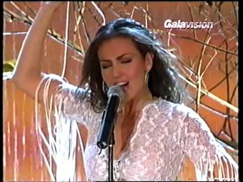 Quiero Hacerte El Amor de Thalia Letra y Video