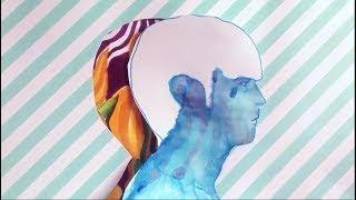 ELSA KOPF - le profil d'un jeune homme au soleil