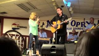Kim & Bill Nash - Hold Me Till The Last Waltz Is Over