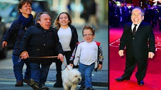 Warwick Davis's Little Family - ( Wife, Son, Daughter )