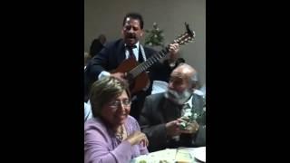 Daniel y Milca Cavazos Peña en fiesta.