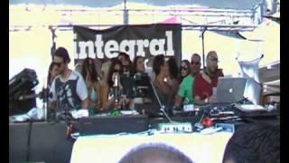 LUCIANO b2b CARL CRAIG @ CADENZA pool party SHELBORNE MIAMI 24.03.2011 video9