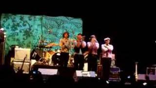 Ok Go - A Million Ways -Live ( Sonorama 06 )