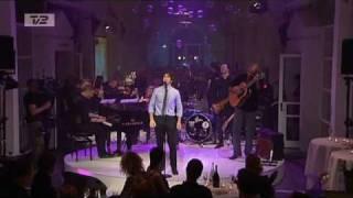 [HQ] Josh Groban - You Raise Me Up (Live @ TV2 008 - Året der gik [HQ-DK]