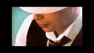 "Arash feat. Najim & Rebecca ""Près de toi"""