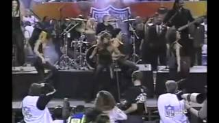 Tina Turner Proud Mary Live at SuperBowl 2000