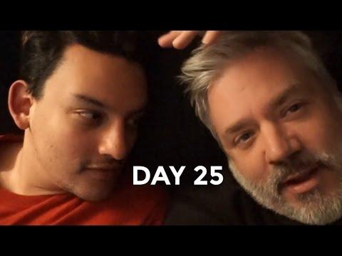 Download Video HOT GUYS IN BED | JAN 25 VLOG