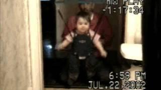 Da Poppy Girl doin the hampster dance